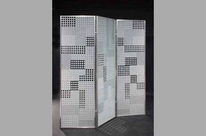 Paravent Pachwork, Aluminium und Glas (ESG), Foto Werner Tschink