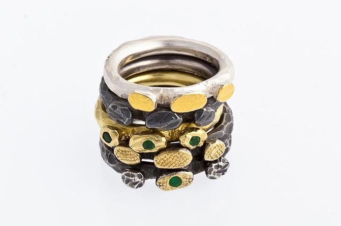 Ringe, Silber, Feingold, div. Edelsteine, Foto: Berno Buff