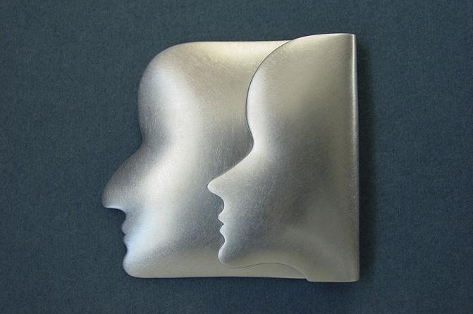 Broschen, Silber, Foto: Artemis Zafrana
